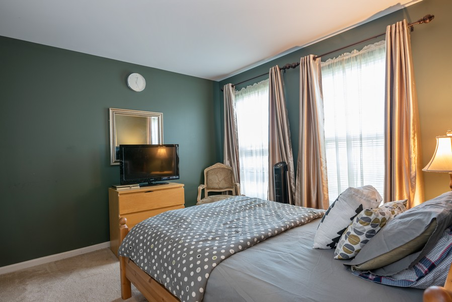 Real Estate Photography - 450 Brookside Avenue, Algonquin, IL, 60102 - 2nd Bedroom