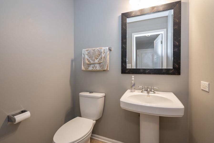 Real Estate Photography - 450 Brookside Avenue, Algonquin, IL, 60102 - Powder Room