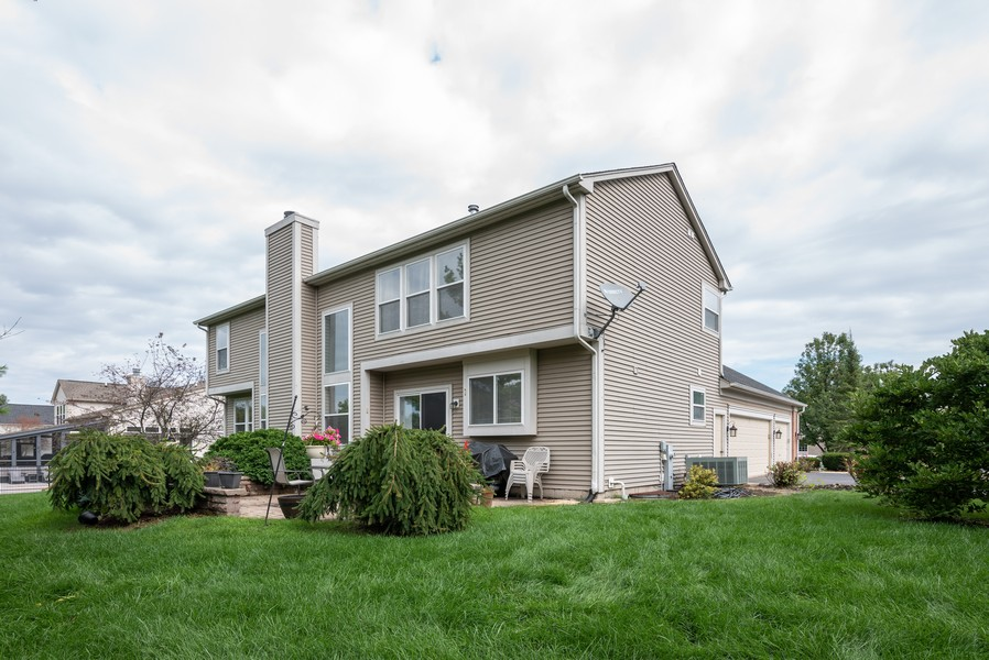 Real Estate Photography - 450 Brookside Avenue, Algonquin, IL, 60102 - Rear View