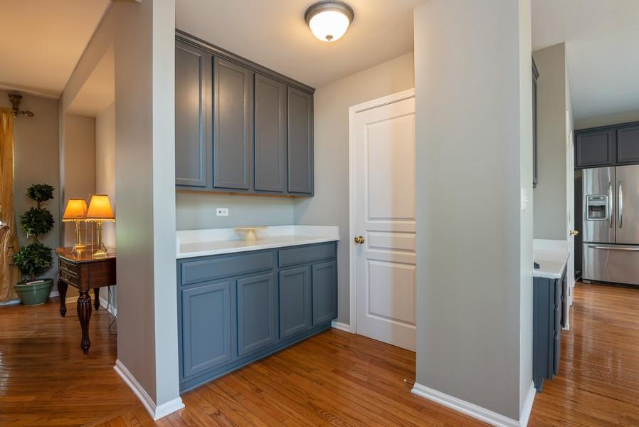 Real Estate Photography - 450 Brookside Avenue, Algonquin, IL, 60102 - Hallway