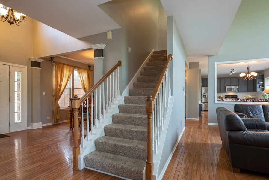 Real Estate Photography - 450 Brookside Avenue, Algonquin, IL, 60102 - Staircase