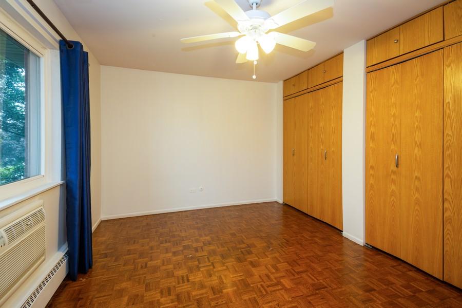 Real Estate Photography - 791 W. Kathleen, #C, Des Plaines, IL, 60016 - Bedroom