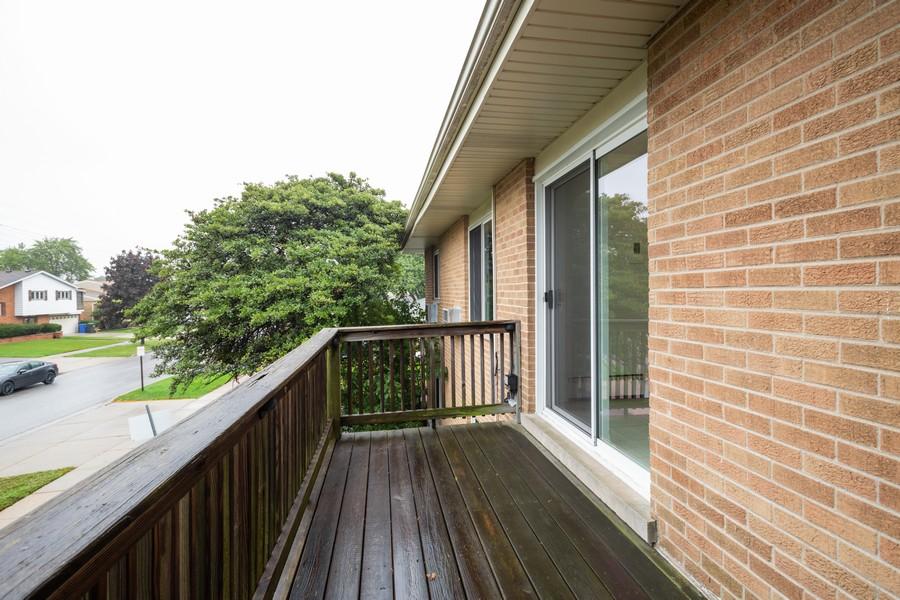 Real Estate Photography - 791 W. Kathleen, #C, Des Plaines, IL, 60016 - Balcony