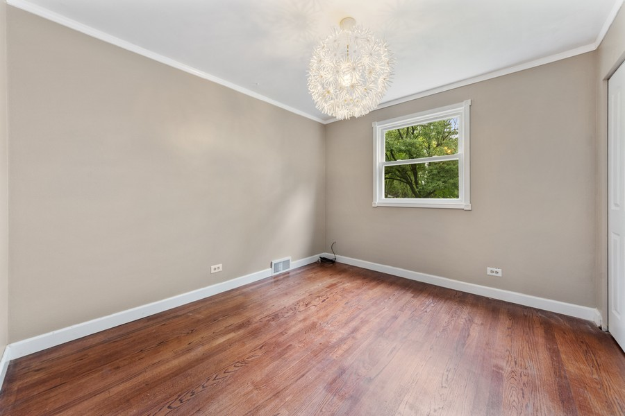 Real Estate Photography - 1505 E. Rosehill Dr., Arlington Heights, IL, 60004 - 3rd Bedroom