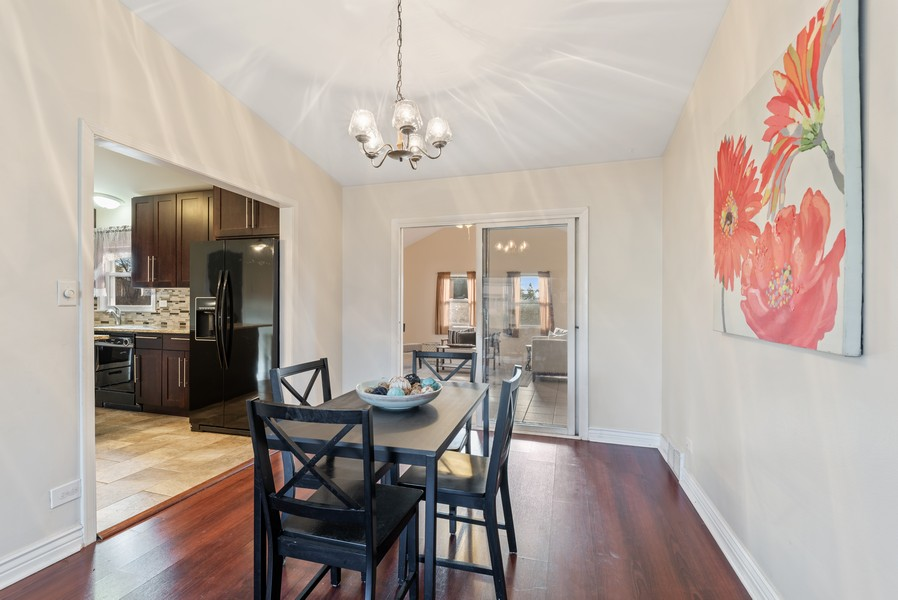 Real Estate Photography - 1505 E. Rosehill Dr., Arlington Heights, IL, 60004 -