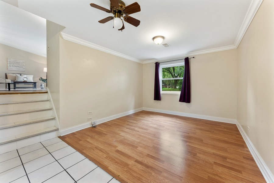 Real Estate Photography - 1505 E. Rosehill Dr., Arlington Heights, IL, 60004 - Family Room