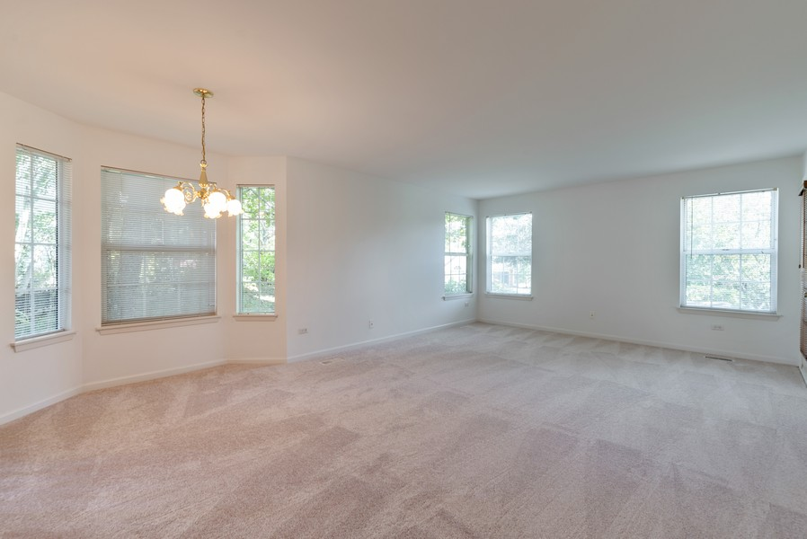Real Estate Photography - 546 Portsmith Ct, Unit A, Crystal Lake, IL, 60014 - Living Room / Dining Room