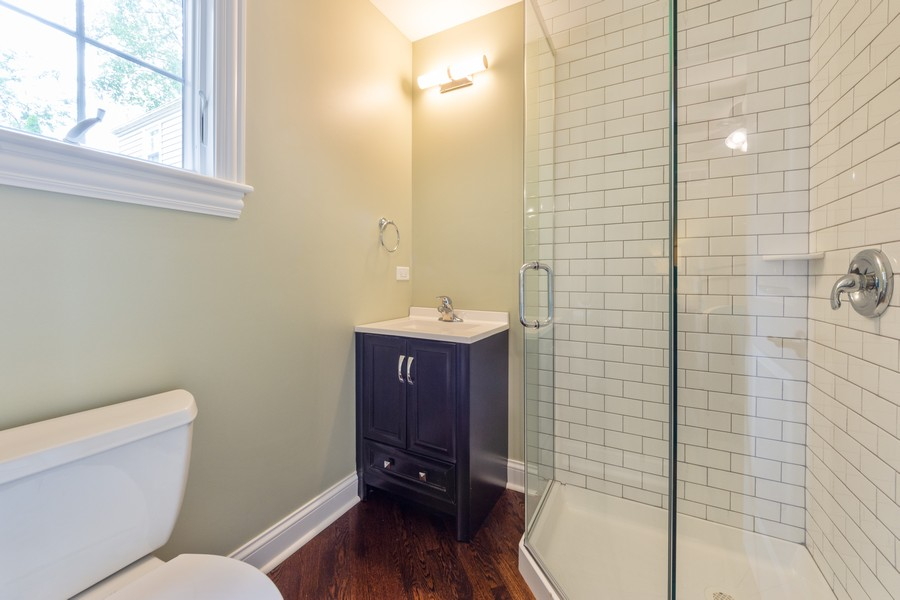 Real Estate Photography - 602 S. Dryden, Arlington Heights, IL, 60005 - 3rd Bathroom
