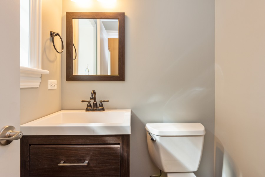 Real Estate Photography - 602 S. Dryden, Arlington Heights, IL, 60005 - Powder Room