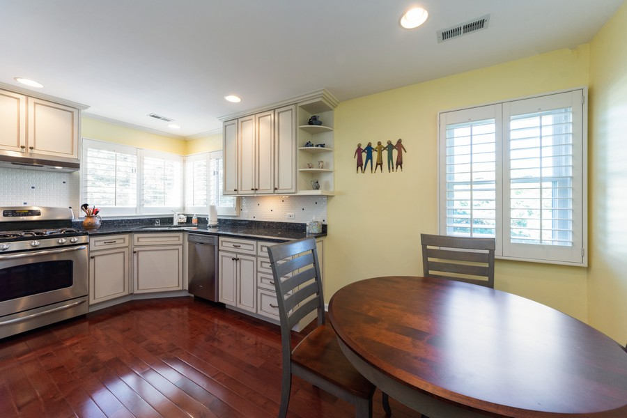 Real Estate Photography - 603 Thistle Lane, Prospect Heights, IL, 60070 - Kitchen / Breakfast Room