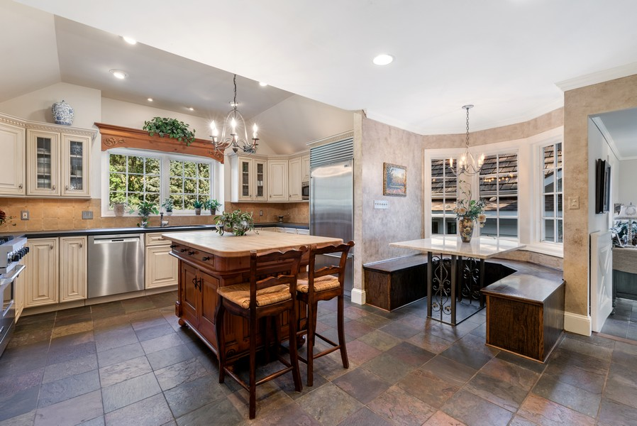 Real Estate Photography - 444 Crystal Court, Village Of Lakewood, IL, 60014 - Kitchen