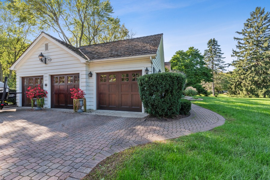 Real Estate Photography - 444 Crystal Court, Village Of Lakewood, IL, 60014 - Garage
