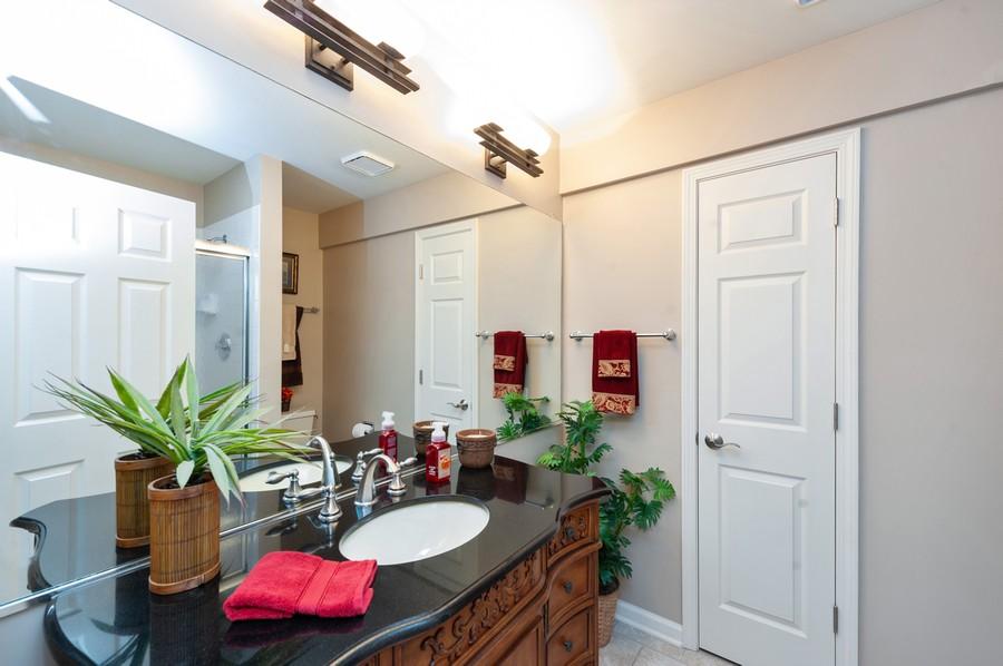 Real Estate Photography - 922 Longmeadow Ct, Lake Barrington, IL, 60010 - 3rd Bathroom