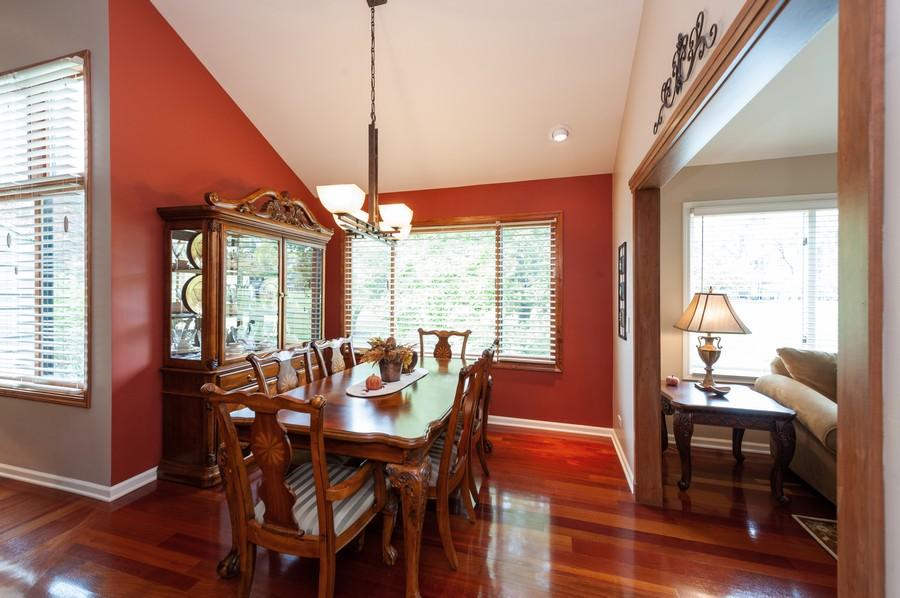Real Estate Photography - 922 Longmeadow Ct, Lake Barrington, IL, 60010 - Dining Room