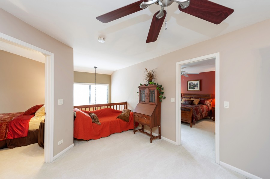 Real Estate Photography - 922 Longmeadow Ct, Lake Barrington, IL, 60010 - Loft