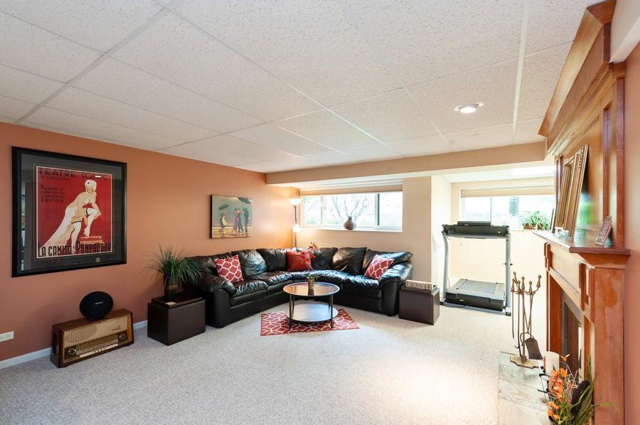 Real Estate Photography - 922 Longmeadow Ct, Lake Barrington, IL, 60010 - Family Room