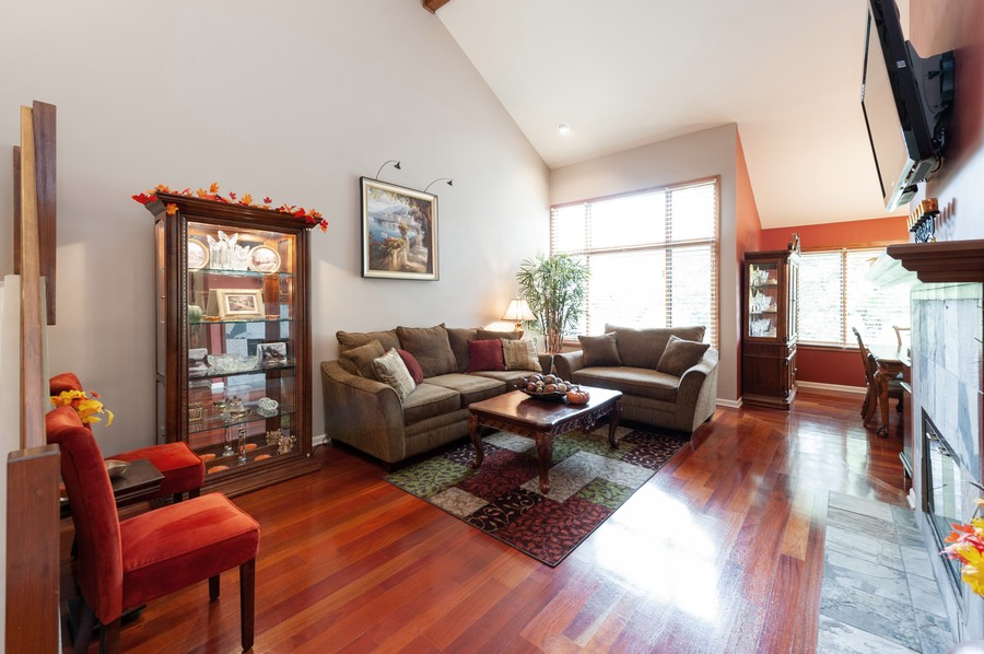 Real Estate Photography - 922 Longmeadow Ct, Lake Barrington, IL, 60010 - Living Room