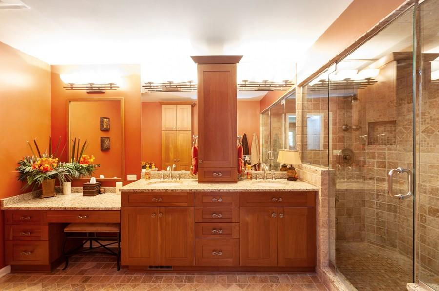 Real Estate Photography - 922 Longmeadow Ct, Lake Barrington, IL, 60010 - Master Bathroom