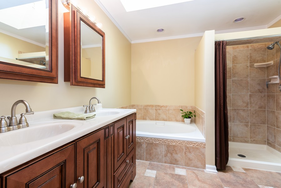Real Estate Photography - 430 Summersweet Lane, Bartlett, IL, 60103 - Master Bathroom