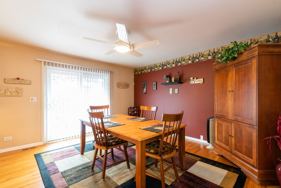 Real Estate Photography - 430 Summersweet Lane, Bartlett, IL, 60103 - Breakfast Area