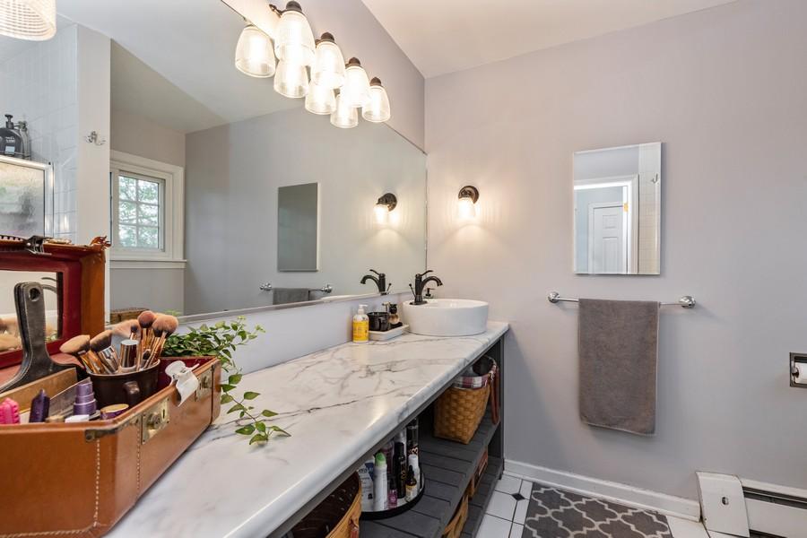 Real Estate Photography - 990 Blackburn St., Gurnee, IL, 60031 - Master Bathroom
