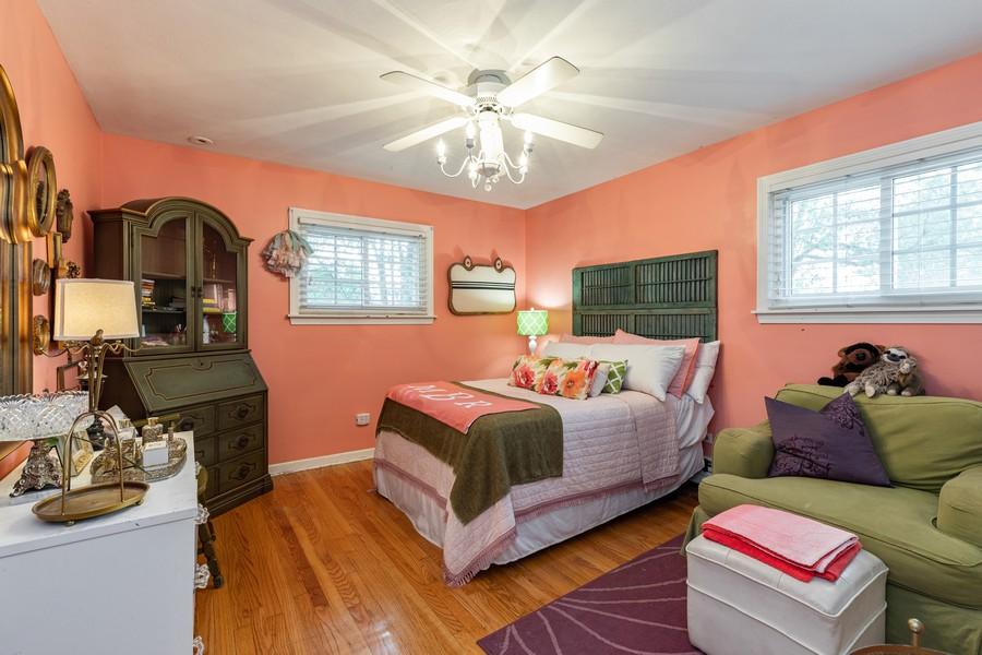 Real Estate Photography - 990 Blackburn St., Gurnee, IL, 60031 - 2nd Bedroom