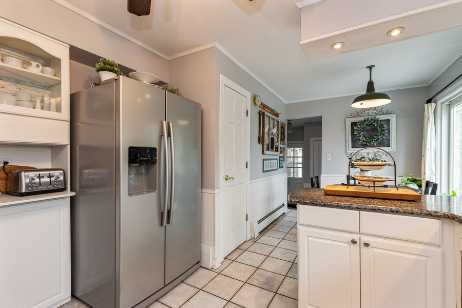 Real Estate Photography - 990 Blackburn St., Gurnee, IL, 60031 - Kitchen