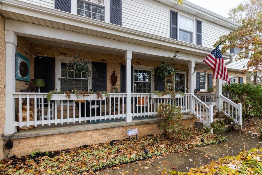 Real Estate Photography - 990 Blackburn St., Gurnee, IL, 60031 -