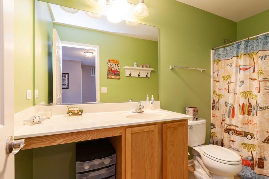 Real Estate Photography - 999 Richard Brown Blvd, Volo, IL, 60073 - Bathroom