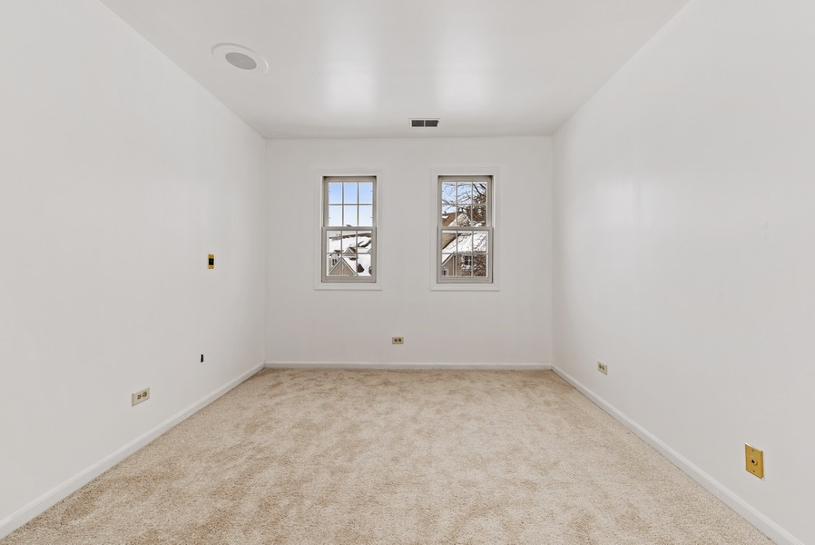 Real Estate Photography - 1023 Brentwood, Buffalo Grove, IL, 60089 - 3rd Bedroom