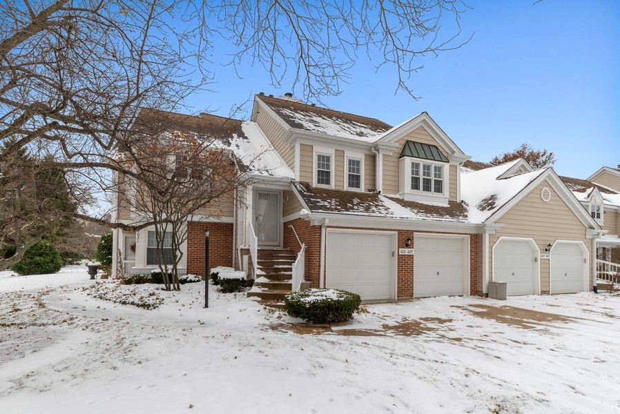 Real Estate Photography - 1023 Brentwood, Buffalo Grove, IL, 60089 - Front View