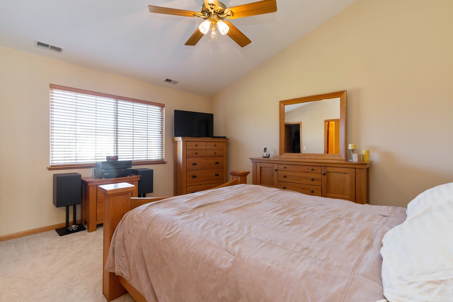 Real Estate Photography - 280 Copper Mountain Drive, Gilberts, IL, 60136 - Master Bedroom