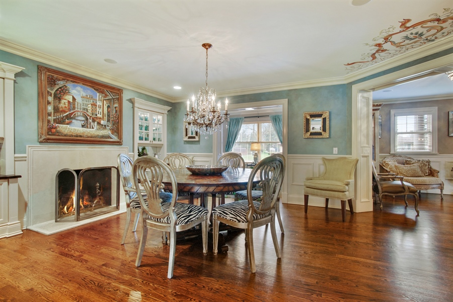 Real Estate Photography - 421 E Orchard, Arlington Heights, IL, 60005 - Dining Area
