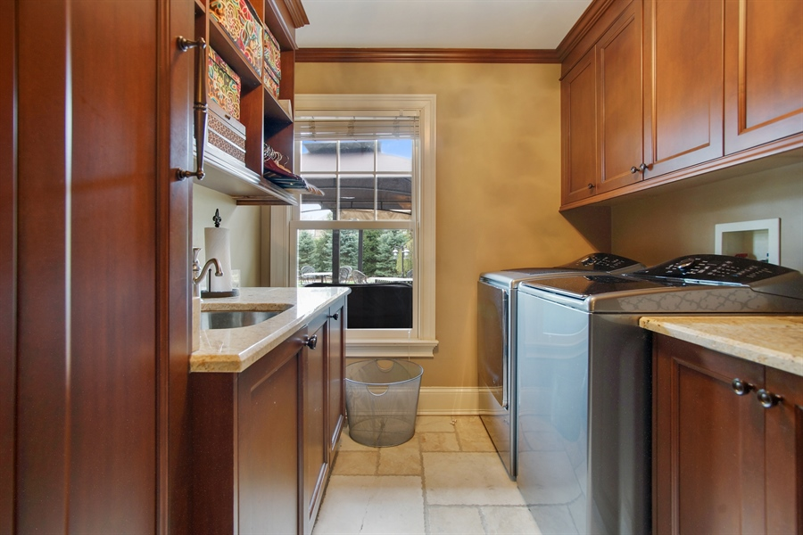 Real Estate Photography - 421 E Orchard, Arlington Heights, IL, 60005 - Laundry Room