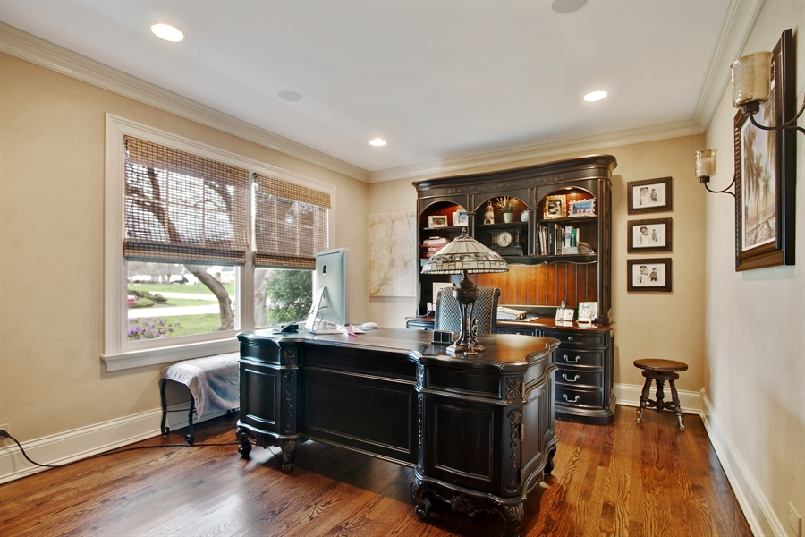 Real Estate Photography - 421 E Orchard, Arlington Heights, IL, 60005 - Office