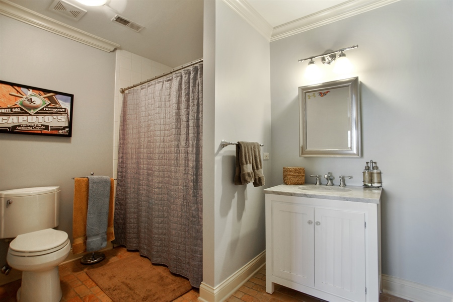 Real Estate Photography - 421 E Orchard, Arlington Heights, IL, 60005 - Bathroom