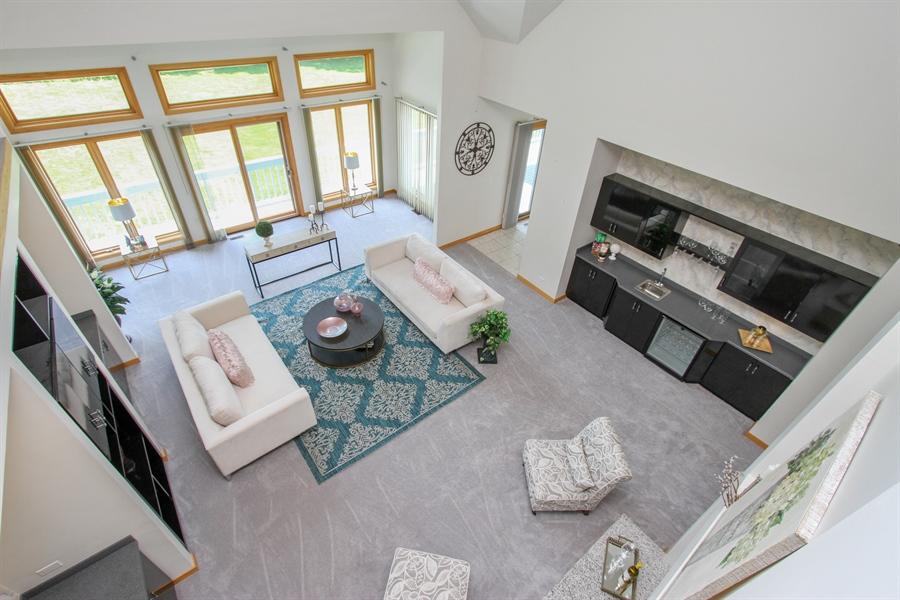 Real Estate Photography - 26636 N Longmeadow, Mundelein, Mundelein, IL, 60060 - Living Room