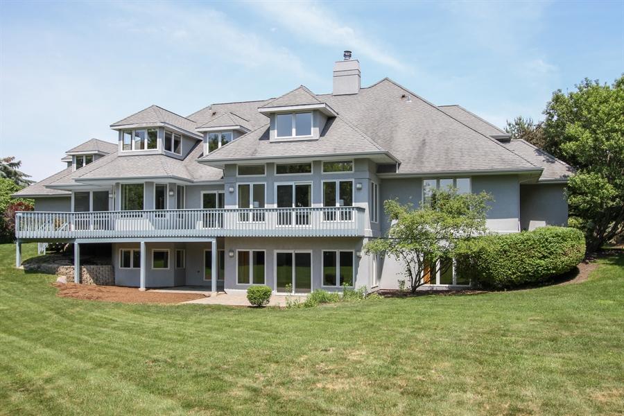 Real Estate Photography - 26636 N Longmeadow, Mundelein, Mundelein, IL, 60060 - Rear View