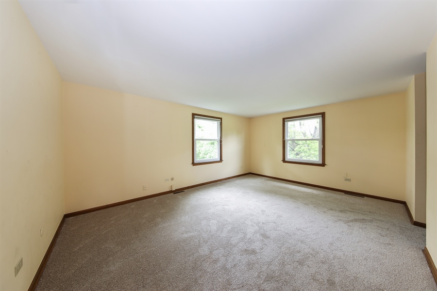 Real Estate Photography - 738 S Forest Dr, Barrington, IL, 60010 - Master Bedroom