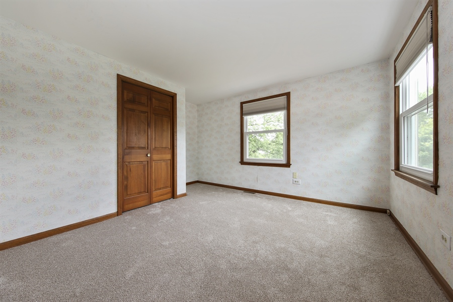 Real Estate Photography - 738 S Forest Dr, Barrington, IL, 60010 - 2nd Bedroom