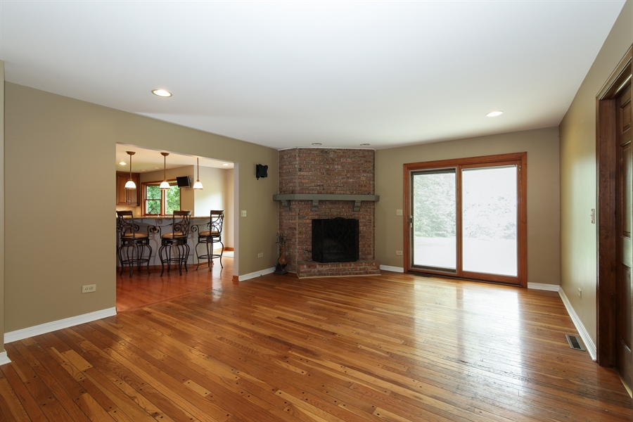 Real Estate Photography - 738 S Forest Dr, Barrington, IL, 60010 - Family Room