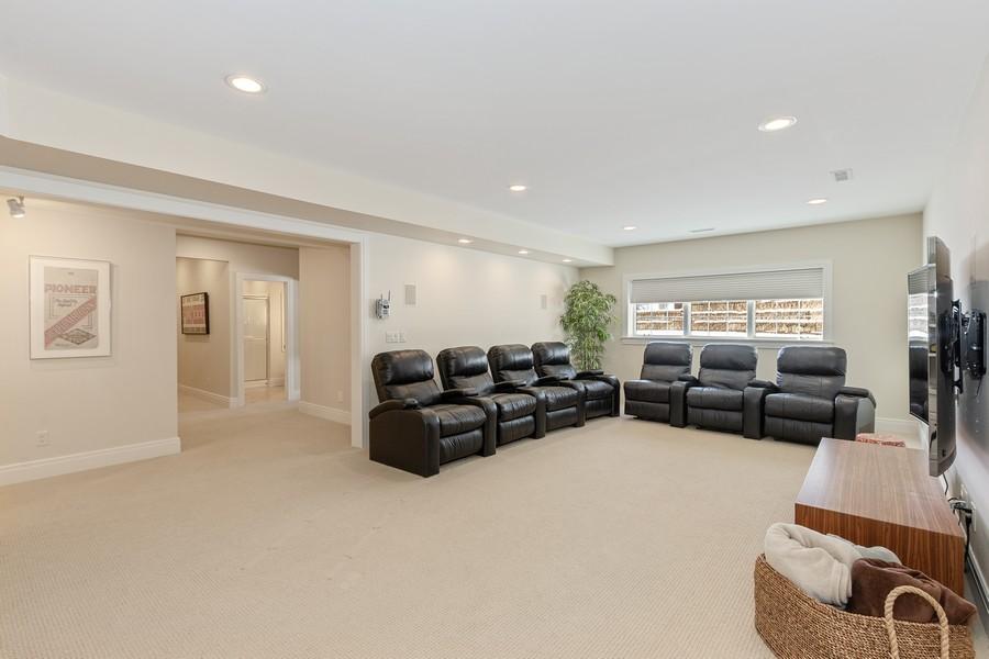 Real Estate Photography - 10 Kensington Ct, Iowa City, IA, 52245 -