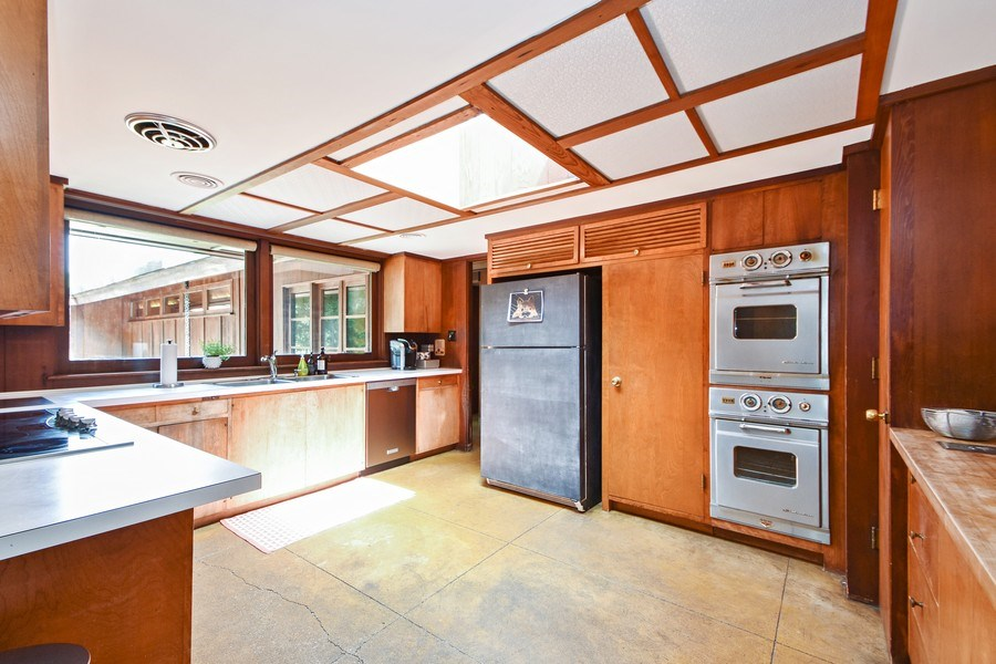 Real Estate Photography - 13 Graymoor Lane, Olympia Fields, IL, 60461 - Kitchen