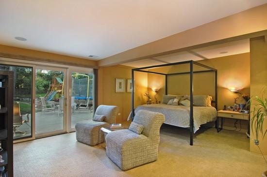 Real Estate Photography - 254 Red Oak Ln, Highland Park, IL, 60035 - Master Bedroom
