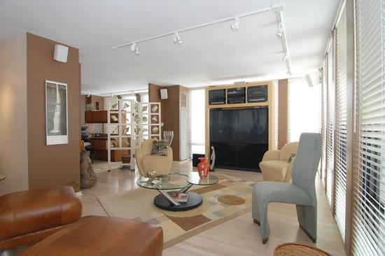 Real Estate Photography - 200 E Delaware Pl, 25F, Chicago, IL, 60611 - Living Room