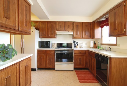 Real Estate Photography - 468 President, Carol Stream, IL, 60188 - Kitchen