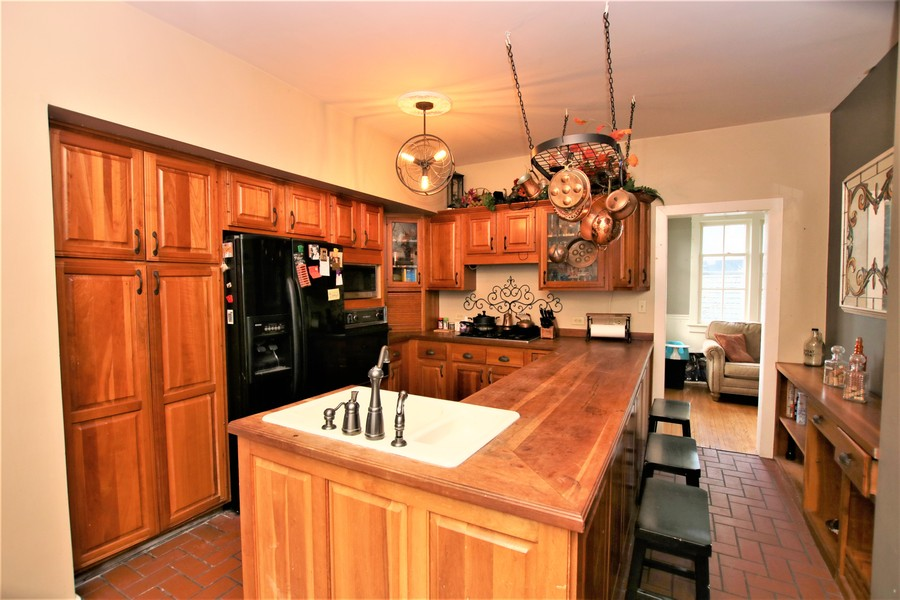 Real Estate Photography - 214 Oregon Avenue, West Dundee, IL, 60118 - Kitchen & Breakfast Nook/Sunroom
