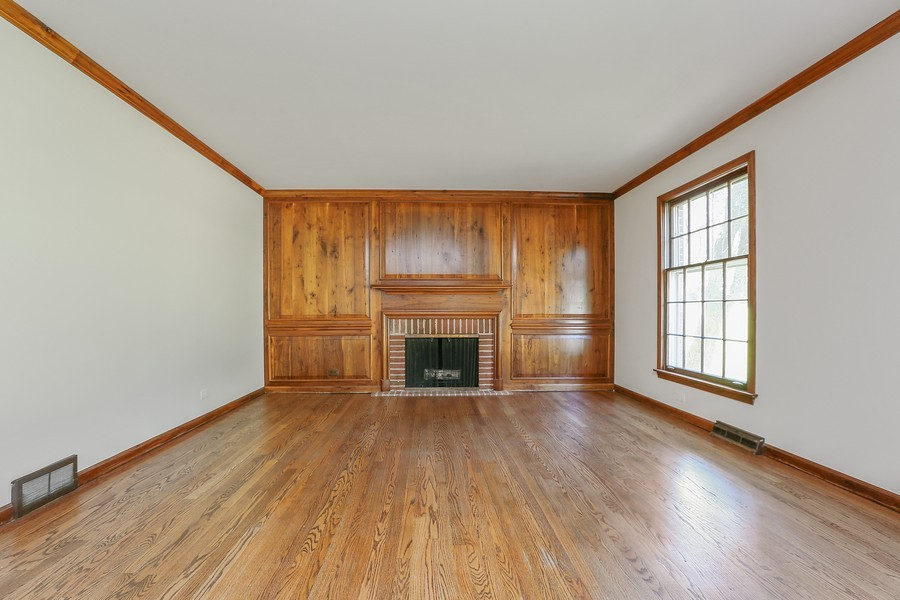 Real Estate Photography - 427 County Line Rd, Barrington Hills, IL, 60010 - Great Room