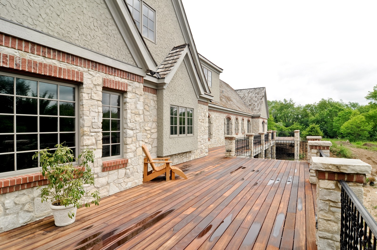 Real Estate Photography - 273 Donlea Rd, Barrington Hills, IL, 60010 - Deck
