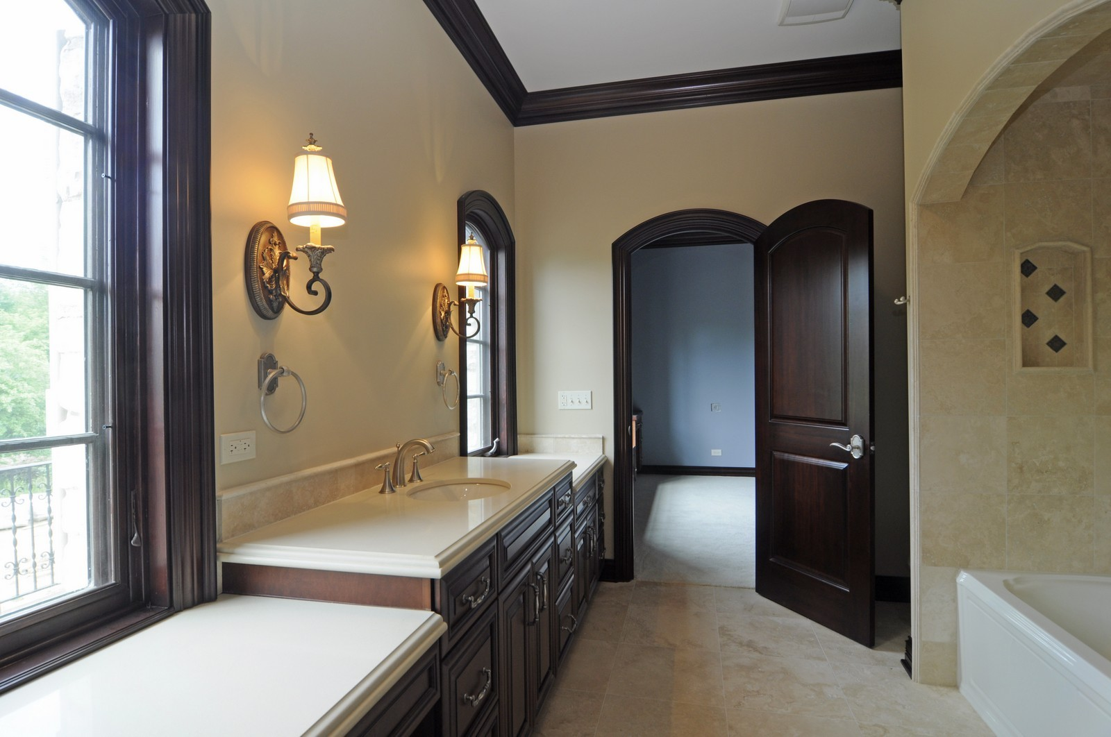 Real Estate Photography - 273 Donlea Rd, Barrington Hills, IL, 60010 - Jack & Jill Bathroom